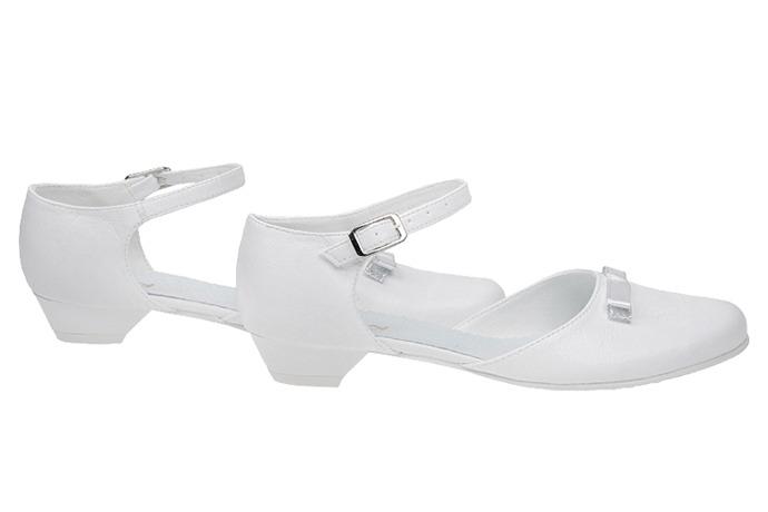 Pantofelki buty komunijne dla dziewczynki KMK 162 Białe